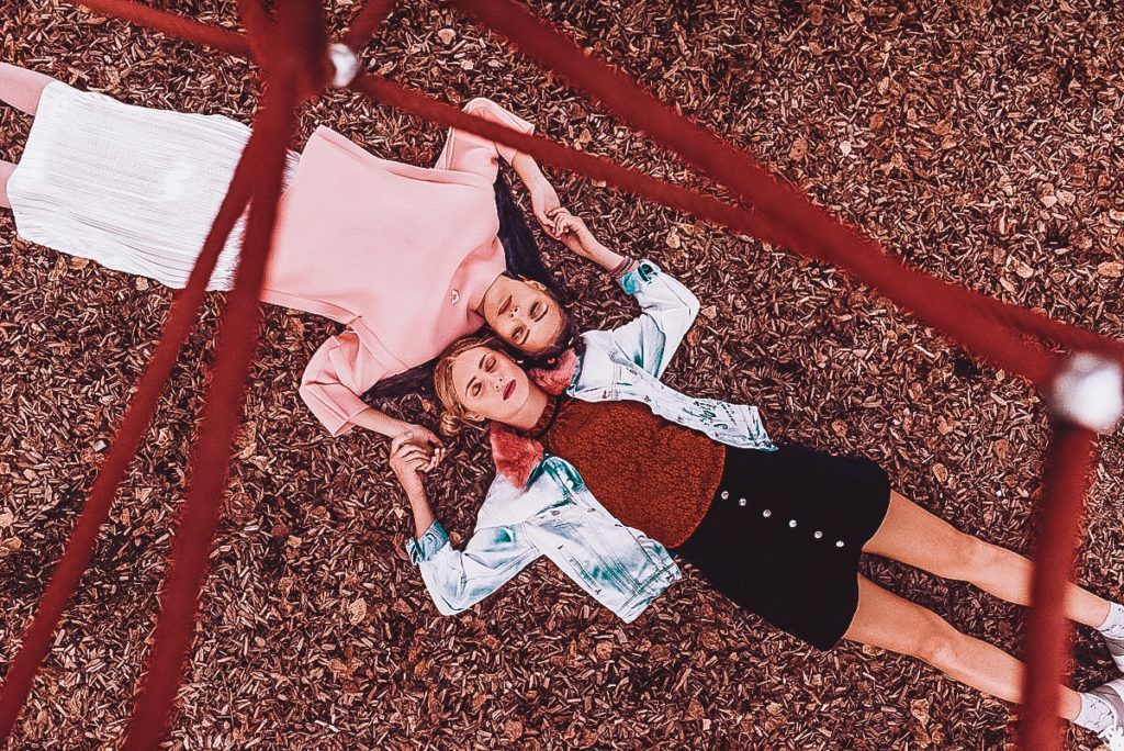 Playground – Fashion Grunge Magazine Editorial